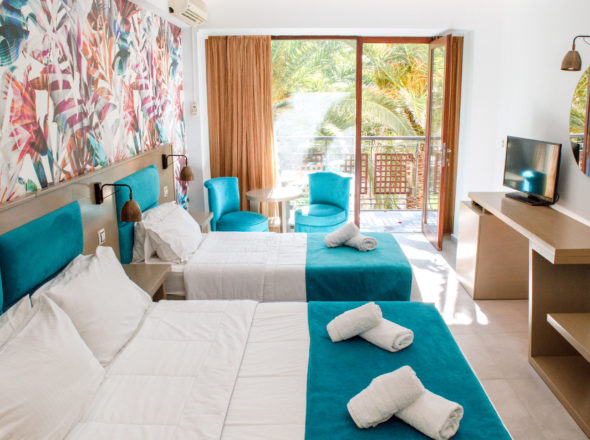 Bed & balcony Triple room - May Beach Hotel - Rethymno Crete